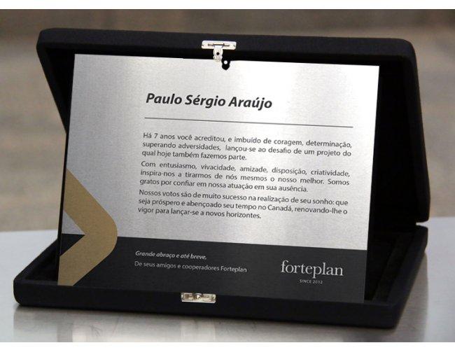 https://www.marcabrindes.com.br/content/interfaces/cms/userfiles/produtos/placa-homenagem-22-432.jpg